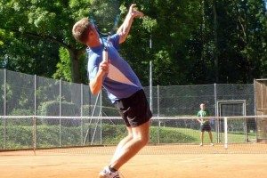 tennis player finds cure for carpal tunnel