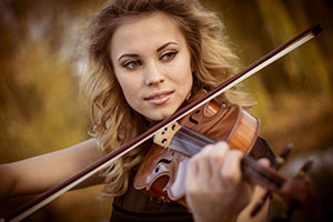 the dedication it takes to develop the dexterity to master the violin can lead to carpal tunnel. Learn 10 tips you can use at home to treat carpal tunnel.